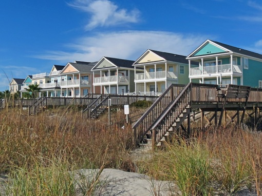 This view shows houses on the beach around 7th Avenue