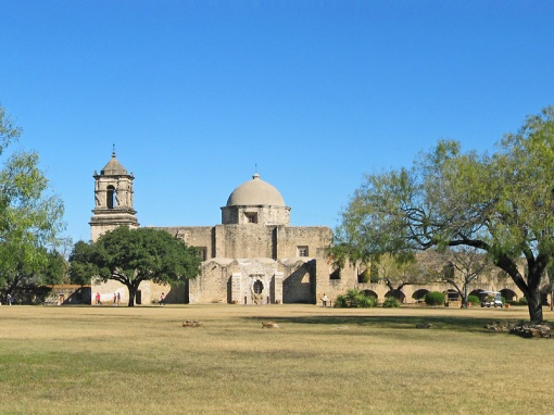 On Christmas Day we went to Mission San Jose for church services and to tour the Mission grounds