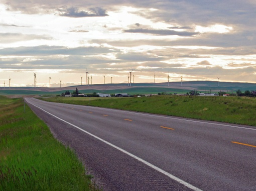 The Glacier Wind Farm is located at Ethridge, Montana on US2 highway.